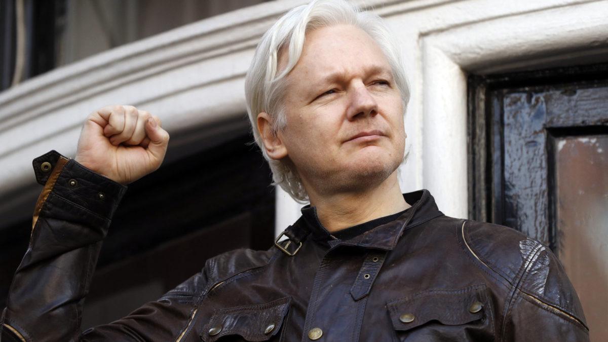 Julian Assange, le fondateur de WikiLeaks arrêté par la police de Londres