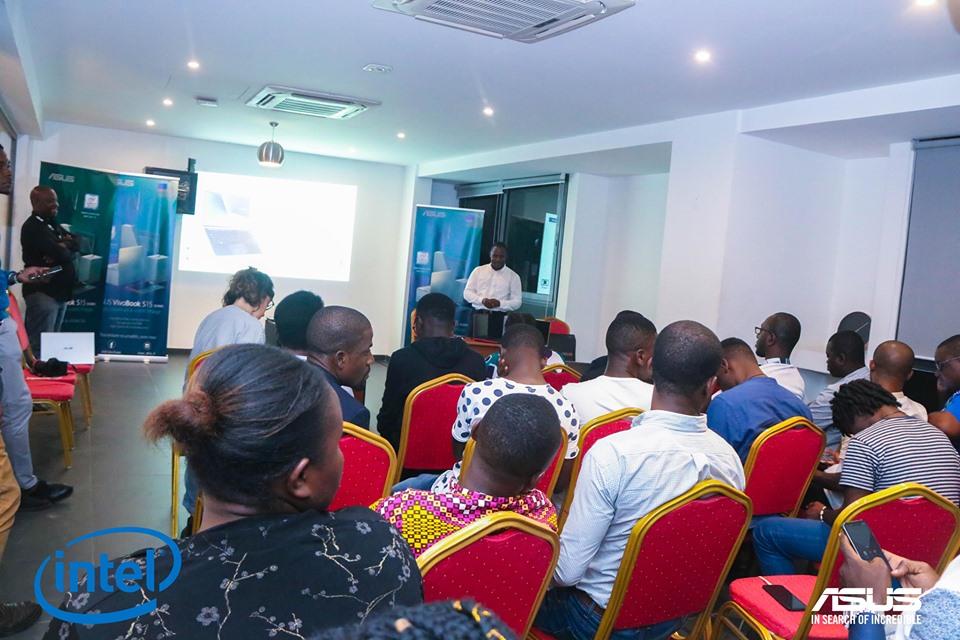 Asus à la recherche de l'incroyable en Côte d'Ivoire