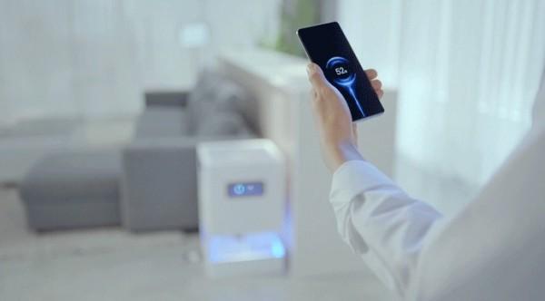 Xiaomi introduit le Mi Air Charge, la vraie charge sans fil, sans contact